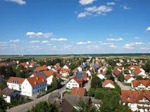 Kleines Dorf im Bayern stockfotografie