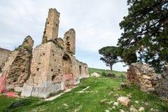 Kleines Dorf von den römischen Zeiten, Italien stockfotos