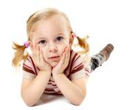 Kleines entspannendes Mädchen Stockfotos
