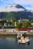 Kleines Fischerdorf, Fjord, Norwegen Stockbild