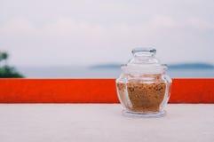 Kleines Glas brauner Zucker Lizenzfreies Stockbild