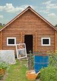 Kleines Haus ist im Bau Stockfotos