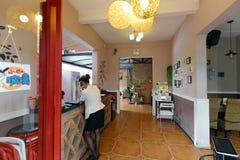Kleines Hotel in der redtory Kunst- und Designfabrik, luftgetrockneter Ziegelstein rgb Lizenzfreies Stockbild