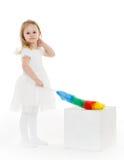 Kleines Kind mit wischen Stockfoto