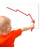 Kleines Kind zeichnet das Rezessiondiagramm Stockfoto