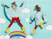 Kleines Mädchen, das in Mode tragende Herbstkleidung der Art aufwirft Lizenzfreie Stockfotos