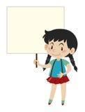 Kleines Mädchen, das unbelegtes Zeichen anhält Lizenzfreie Stockfotos