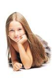 Kleines Mädchen in den Pelzen als ursprünglichen Mann Lizenzfreies Stockfoto