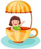 Kleines Mädchen in einem Cup Stockbilder