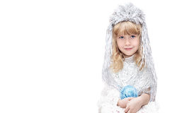 Kleines Mädchen gekleidet als Schneeflocken Stockfotografie