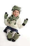 Kleines Mädchen in gestricktem Hut Stockbilder