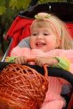 Kleines Mädchen am Herbst Lizenzfreie Stockfotos