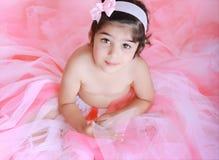 Kleines Mädchen im Ballettröckchen Stockfotos
