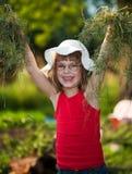 Kleines Mädchen im Gras Lizenzfreies Stockbild