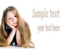 Kleines Mädchen mit dem schönen langen Haar stockbild