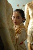 Kleines Mädchen mit Kebaya stockbild