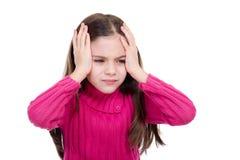 Kleines Mädchen mit Kopfschmerzen stockbild