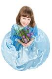 Kleines Mädchen mit Krokusfrühling Lizenzfreie Stockfotografie