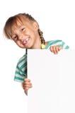 Kleines Mädchen mit weißem Leerzeichen lizenzfreies stockbild