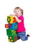 Kleines Mädchen mit weichen Blöcken Lizenzfreies Stockfoto