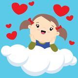 Kleines Mädchen mit zwei Pferdeschwänzen auf einem Wolkendenken Stockfoto