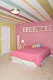 Kleines Mädchen-Schlafzimmer Stockfotos