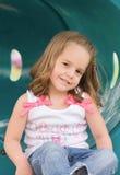 Kleines Mädchen-Spielen Stockbild