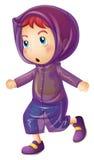 Kleines Mädchen, das purpurroten Regenmantel trägt Stockfotos