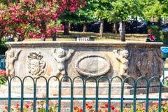 Kleines Menschenmonument auf Korfu-Insel Stockbilder