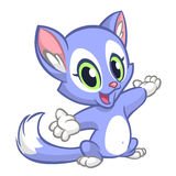 Kleines nettes Kätzchen, das seine Hand zeigt Blaues flaumiges Katzensitzen Lizenzfreie Stockfotografie