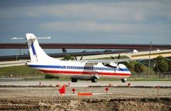 Kleines Passagierflugzeug Stockbild