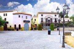 Kleines Quadrat in Calella. Spanien. Stockfoto