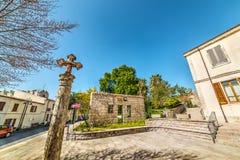 Kleines Quadrat in Monteleone Roccadoria Stockfotografie