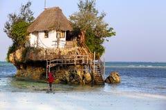Kleines Restaurant der Felsen Stockbilder
