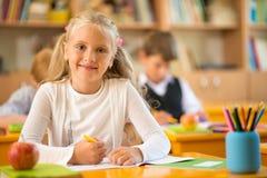 Kleines Schulmädchen Lizenzfreie Stockfotografie