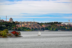 Kleines schwedisches Dorf im Stockholm-Vorort Lizenzfreie Stockbilder