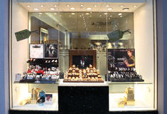 Kleinhandels het venstervertoning van juwelenkerstmis Stock Foto's