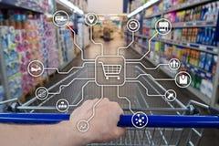 Kleinhandels marketing kanalene-commerce het Winkelen automatiseringsconcept op vage supermarktachtergrond stock foto's