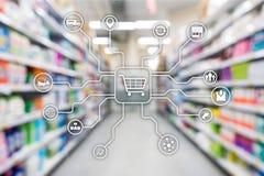 Kleinhandels marketing kanalene-commerce het Winkelen automatiseringsconcept op vage supermarktachtergrond royalty-vrije stock fotografie