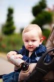 Kleinkind im Kinderwagen Lizenzfreie Stockbilder