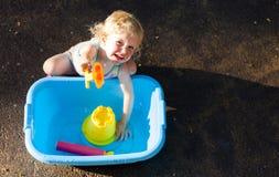 Kleinkind im Sommer Stockfotografie