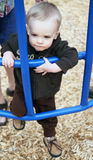 Kleinkind am Spiel Lizenzfreies Stockbild