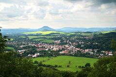 Kleinstadt und Land Lizenzfreie Stockbilder