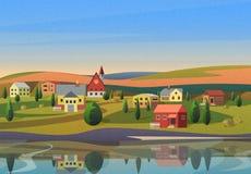 Kleinstadtlandschaft mit Häusern auf Ufer von Fluss mit Hügeln unter blauem Morgen sunsrise Himmel auf Hintergrund mit Film Stockbilder