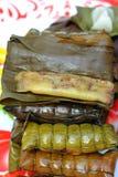 Kleisty ryż zawijający w bananie opuszcza - deserowego Tajlandia Zdjęcia Stock