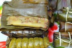 Kleisty ryż zawijający w bananie opuszcza - deserowego Tajlandia Zdjęcia Royalty Free