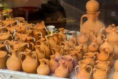 Kleivazen, kruiken en potten Rethymno, Kreta, Griekenland Royalty-vrije Stock Foto