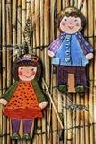 Kleivormen door kinderen 2 worden geschilderd die Royalty-vrije Stock Foto's