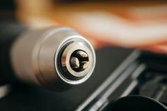 Klemme der elektrischen Bohrmaschine ohne einen Bohrer Stockfoto