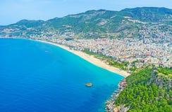 Kleopatra海滩全景在阿拉尼亚 免版税库存图片